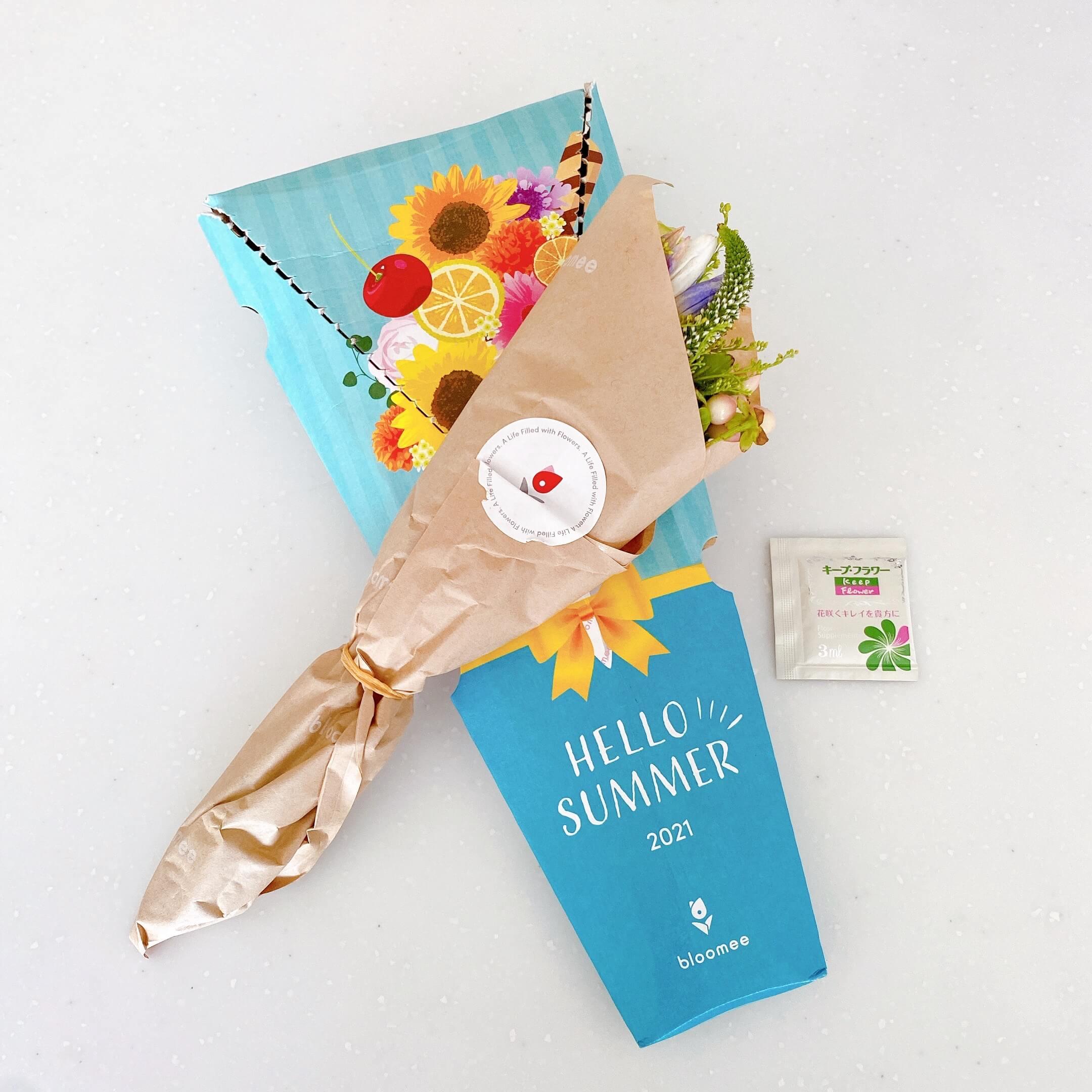 ブルーミーレギュラープランで届いたお花とサマーボックス